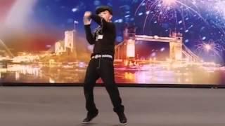 رقص ولد فنان رقص تكسير