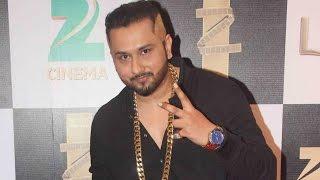 Honey Singh Exclusive Interview On Zee Cine Awards 2016 !!