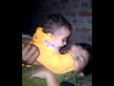 choti bache ki big kissssing video orgnal     must watch