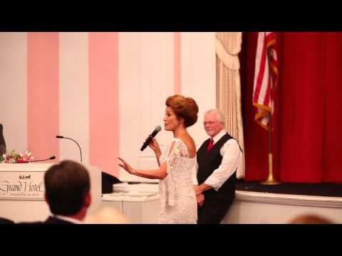 Jane Seymour receives commemorative plaque from Grand Hotel