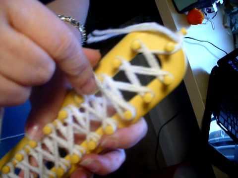 Tejer bufanda en telar rectangular Loom knitting a scarf