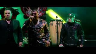 El Komander - El Pistolero y Toro Encartado - (En vivo Rodeo Texcoco)