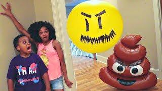 Bad Baby Shiloh And Shasha GIANT BALLOON vs POOP EMOJI EPIC RAP BATTLE! - Onyx Kids
