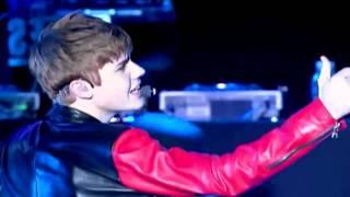 Justin Bieber Mistletoe Music Video Official VEVO JustinBieberVEVO kidrauhl Never Say Never Live New