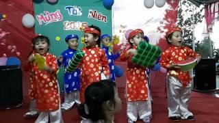 Múa bánh chưng xanh 2016 - dưa hấu đỏ - lớp chồi - Mầm Non Bình Minh