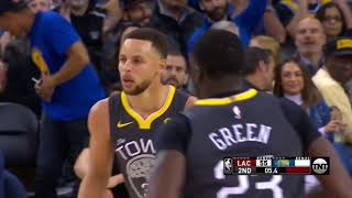 Steph Curry Hits Eight Threes, Scores 44 Points in Warriors