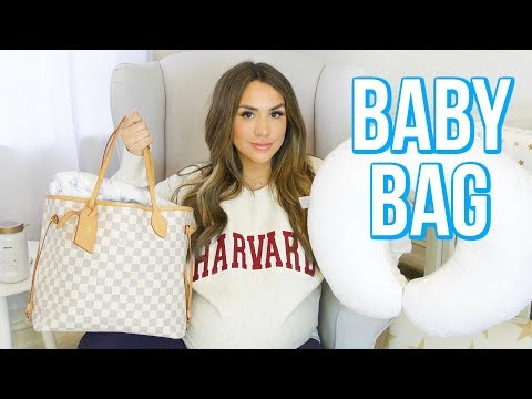 WHAT'S IN MY BABY'S HOSPITAL BAG + COMING HOME OUTFIT | ALEX GARZA