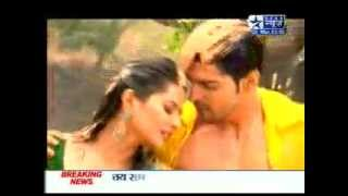 SBS - Gurmeet & Kratika's Hot & Sizzling Rain Dance (Holi Special) - 2nd March 2012