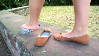 Playing with Waterbottle & Flats Barefoot HD