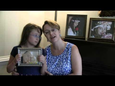Elisa e Mamae cantando