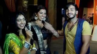 GHULAM   Rangeela Gets CLOSER To Shivani   गुलाम (On Location)