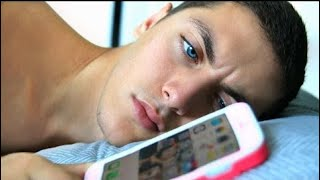Boyfriend Swaps Phone With GIRLFRIEND For Day!