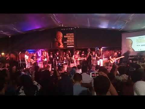 Gitaris indonesia perduli negri ... Oppie andaresta,  pay bip, coky netral, eet sahadih dkk ...