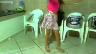 Suellem moura dançando funk