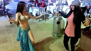 MY SISTER VS BELLY DANCER !!!