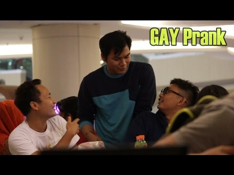 PARAH! Cowok minta no. Hp Cowok | GAY PRANK Indonesia