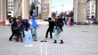 Char Chokka Hoi Hoi -T20 World Cricket Bangladesh 2014 - Flash Mob with caption, Berlin, Germany