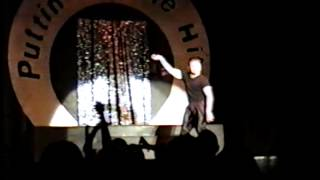 Putting on the Hits - MHS 1999 - Ricky Martin (Omar)