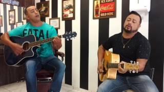 Fera Costa cantando um Gospel com seu irmão Isaac Costa