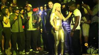 Blac Chyna Shakes Her Big Booty In Toronto!
