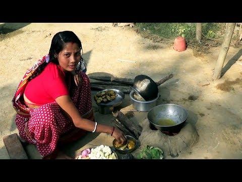 Xxx Mp4 Rural Women Cooking Ll Delicious Katla Fish Curry Ll Indian Village Food 3gp Sex
