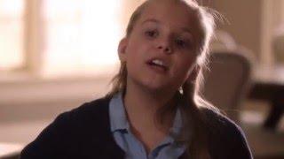 Maisy Stella (Daphne) Sings