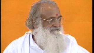 Asaram Ji Bapu - Hari Om Hari Om .... {Kirtan}