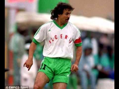 ALGERIE COUPE DU MONDE 82أغنية الفريق الوطني الجزائري