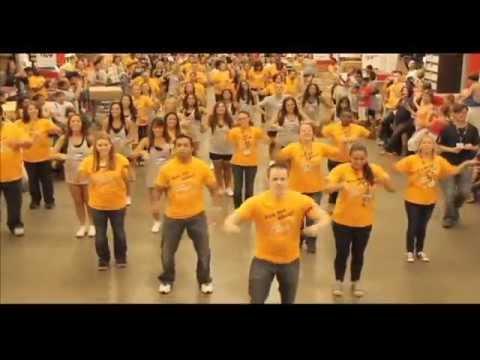 Dance Marketing en IKEA MADRID ver ABBA_MAMMA MIA ... - photo#49