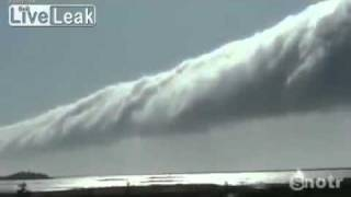 LATEST STRANGE WEATHER-Gigantic Rotating Cloud.mp4