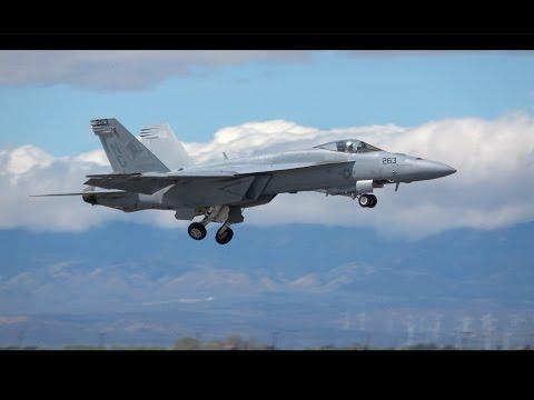 F/A-18E Super Hornet Saturday Demo .. LA County Airshow 2017 (4K)