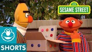 Sesame Street: Ernie Pretends with a Box
