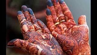 BANGLA WEDDING SONG-AAJ MOYNAR GAYHOLUD