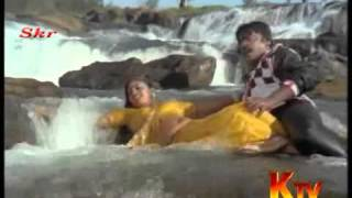 Madhuri hot and wet song .wmv