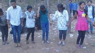 chain dance in nagpuri song at pitapali picnic-2014
