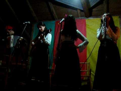 Poema não escrito Flor Guria Noite Musiqueira