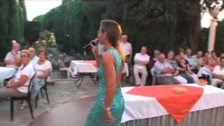 Gaëlle Villien chante aux Issambres oct 2011.
