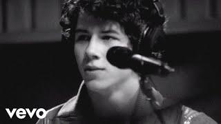 Nick Jonas & The Administration - Last Time Around