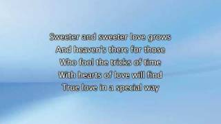 Beyonce - The Closer I Get To You Feat Luther Vandross, Lyrics In Video