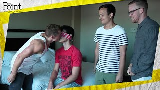 Experiment Proves Straight Guys Like Kissing Gay Guys!