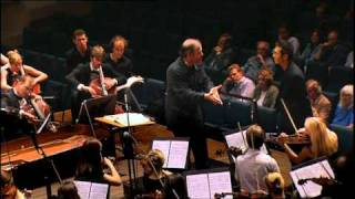 Gergiev teaches conducting