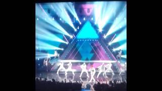Chris Brown Ft Tyga - ayo (live )