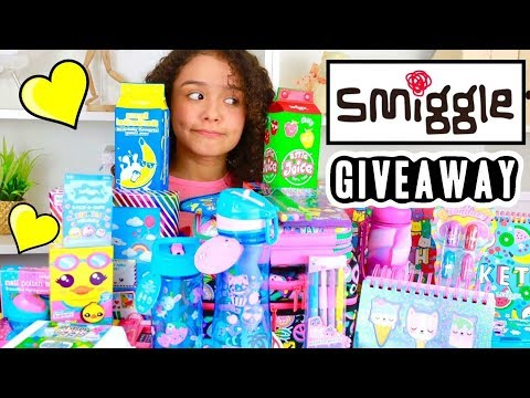 Smiggle Giveaway Haul 2017 | HUGE Stationery School Supplies | Ambi C Unboxing
