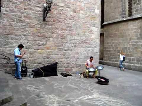 Barcelona Street Music in Barrio Gottico