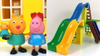 PEPPA PIG AT THE BUBBLE WATERPARK WITH CANDY CAT GEORGE PEPPA MUMMY & WATER SLIDES - FUN STORY