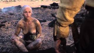 Game of Thrones: Daenerys - dragonborn in flames