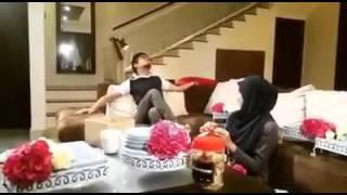 DIA SEMANIS HONEY - Siti Nordiana