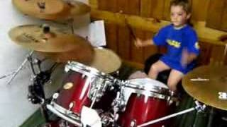 Metal kid playin drums