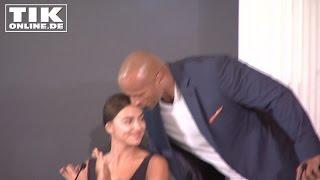Dwayne Johnson kissing Irina Shayk: Funny HERCULES Press Conference in Berlin!