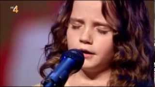 Elle n'a que 9 ans et elle chante comme une diva